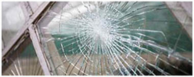 Beddington Corner Smashed Glass